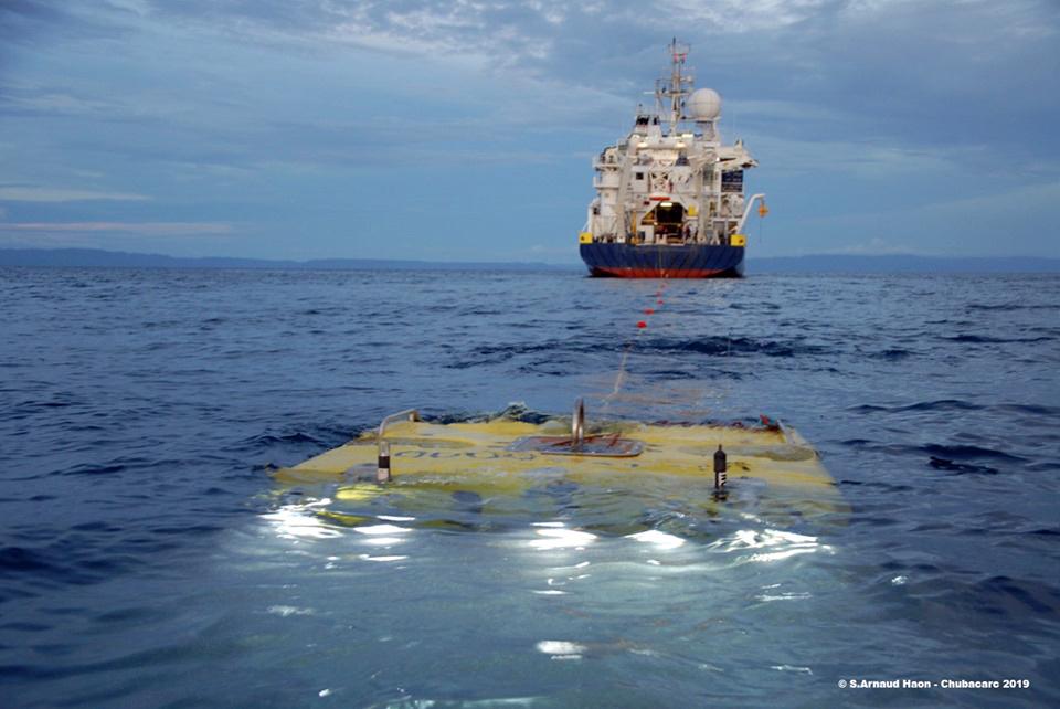 Mise à l'eau du ROV Victor 6000