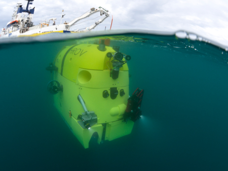 HROV Ariane semi submergé